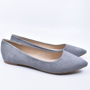 SOLD ON FB! NEW Grey Flats Size 7